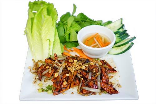 #58-Steamed Tiny Rice Vermicelli Plate - Bánh hỏi