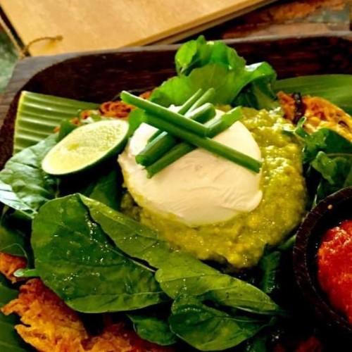 Potato rosti with spinach & Smashed avocado