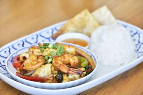 Spicy Basil Shrimp & Squid