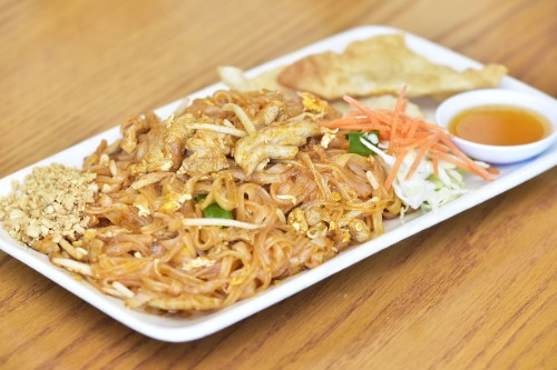 Pad Thai Chicken / Tofu