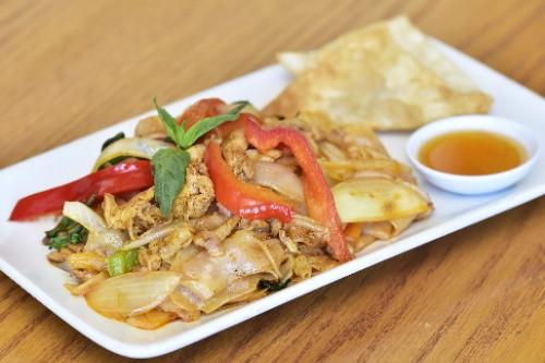Spicy Noodles Chicken / Tofu