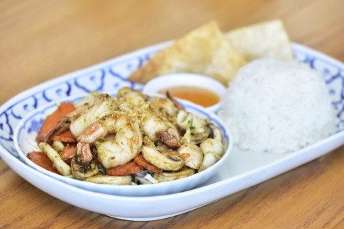 Garlic & Pepper Squid & Shrimp