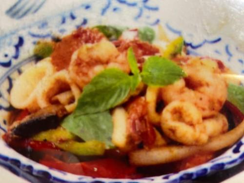 Spicy Basil Squid & Shrimp