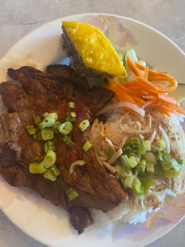 53- Broken Rice With Shredded Pork Chop Egg Pie- Tấm Bì Sườn Chả