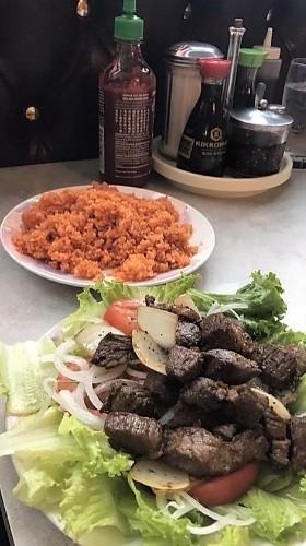 76 - Cubed Beef Over Tomato Rice - Cơm Bò Lúc Lắc