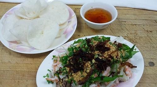 81 - Lotus Root With Shrimp & Pork Salad - Gỏi Ngó Sen Tôm Thịt