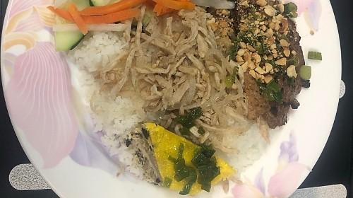 55 - Broken Rice - Tấm Bì Thịt Chả