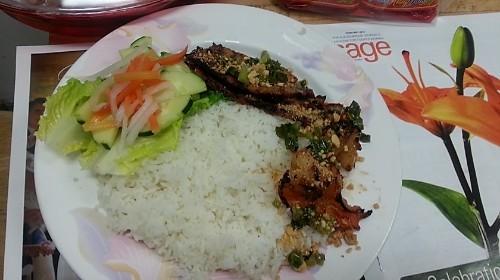 68 - Rice With Grilled Pork & Shrimp - Cơm Tôm Thịt