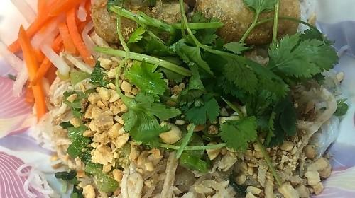 38 - Rice Stick Noodle - Bún Bì Nướng Chả Giò