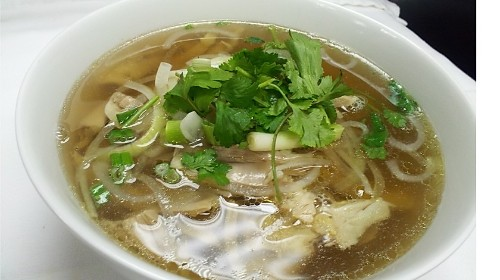 15 - Chicken With Noodle Soup - Phở Gà