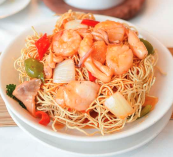 Combo Seafood Crispy Noodles