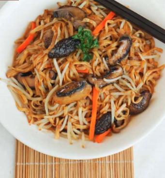 Mushroom Fried Noodles