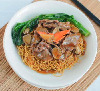 Crispy Fried Noodle Beef with Oyster Sauce