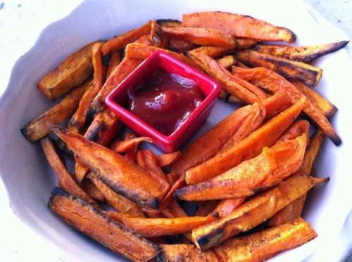 Cajun Sweet Potato Fries (khoai ngọt cay)