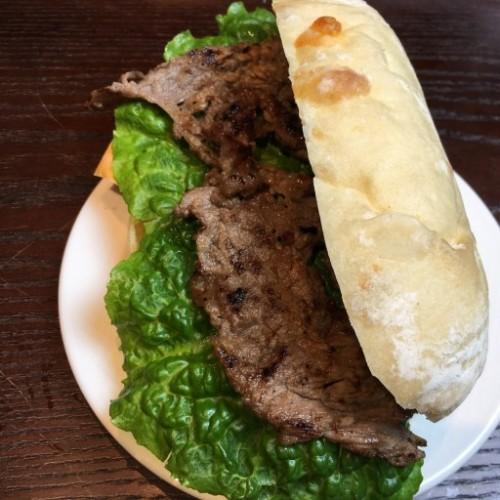 Bulgogi (Korean B.B.Q Beef, 불고기, 烤牛肉三明治) Sandwich