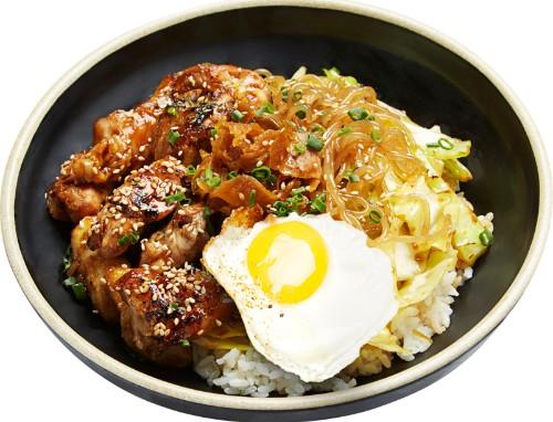 Sweet & Sour Glazed Deep-Fried Chicken Bites Bowl (닭강정 컵밥, 辣炸无骨鸡