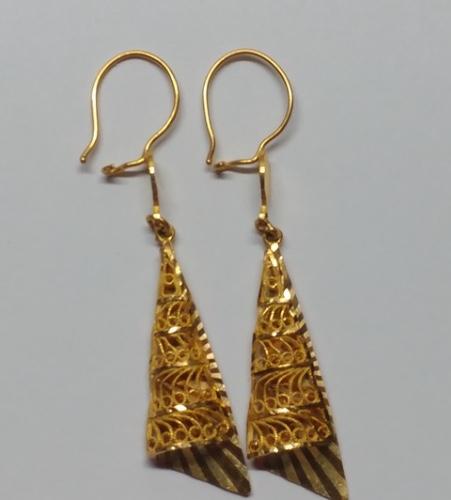 21 kt Gold Cone Earrings