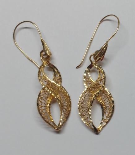 Swirl 14 kt Gold Earrings