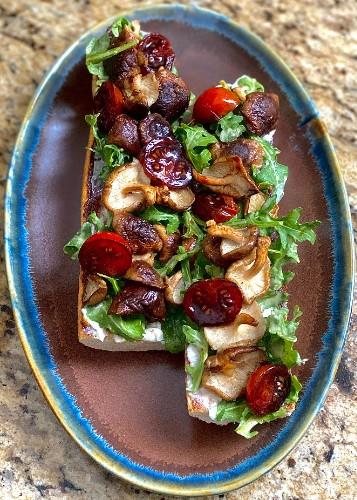 Van Dame On Mushroom