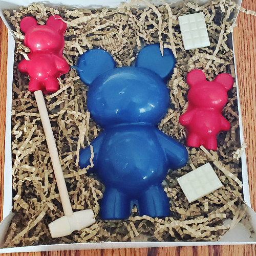 Breakable Papa Bears & 2 candy bars
